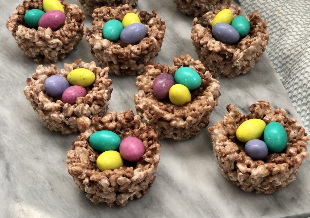 Rice krispie bird nests