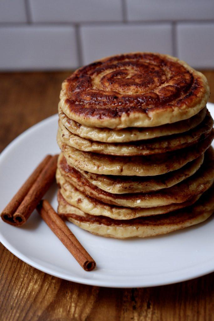 cinnamon swirl greek yogurt pancakes
