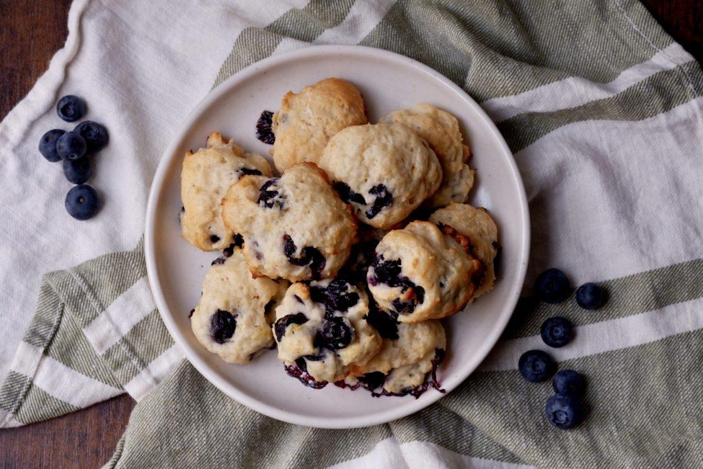 healthy mini blueberry lemon scones