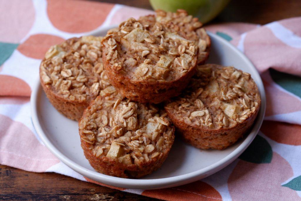 apple cinnamon oatmeal cups
